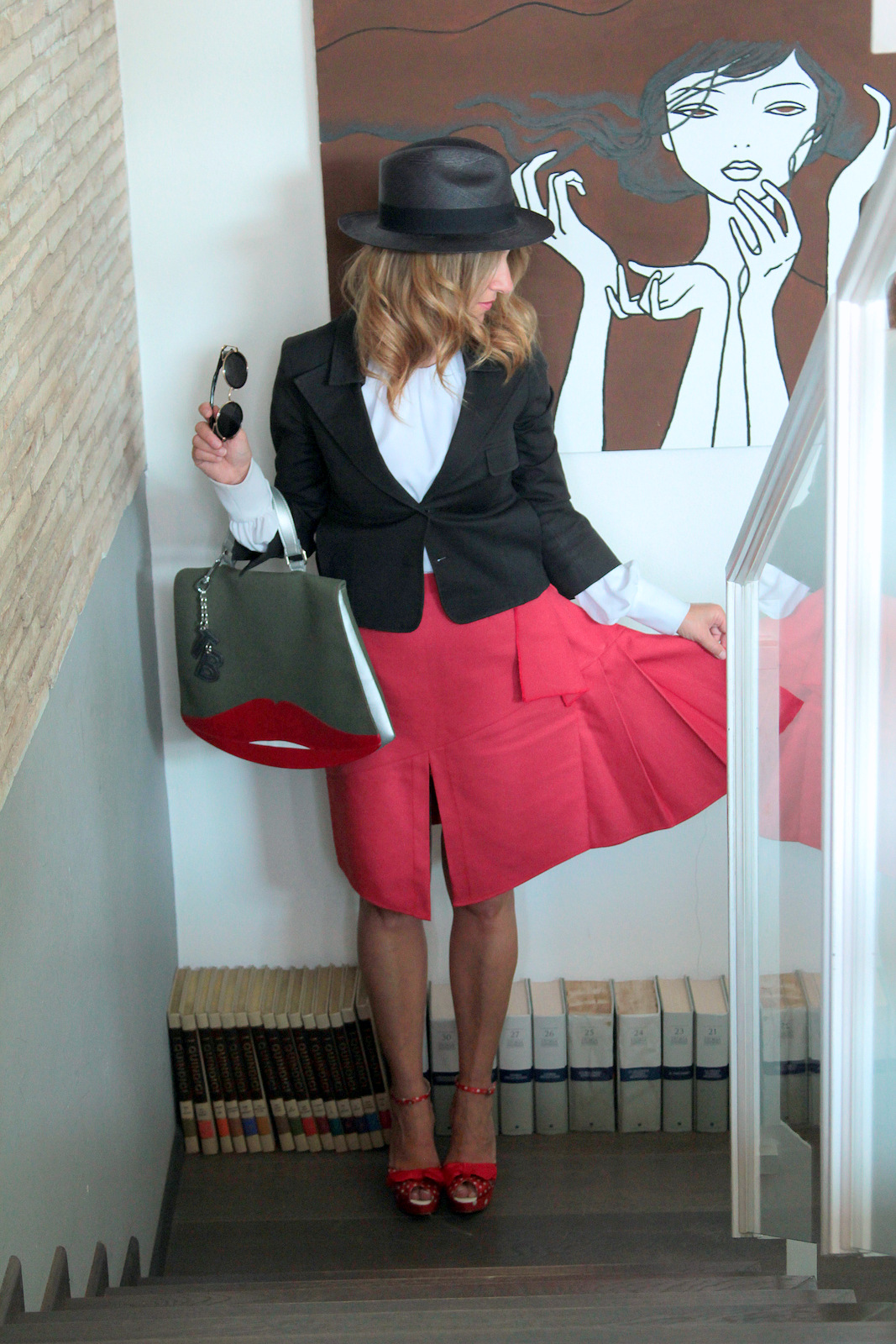 red skirt (1)