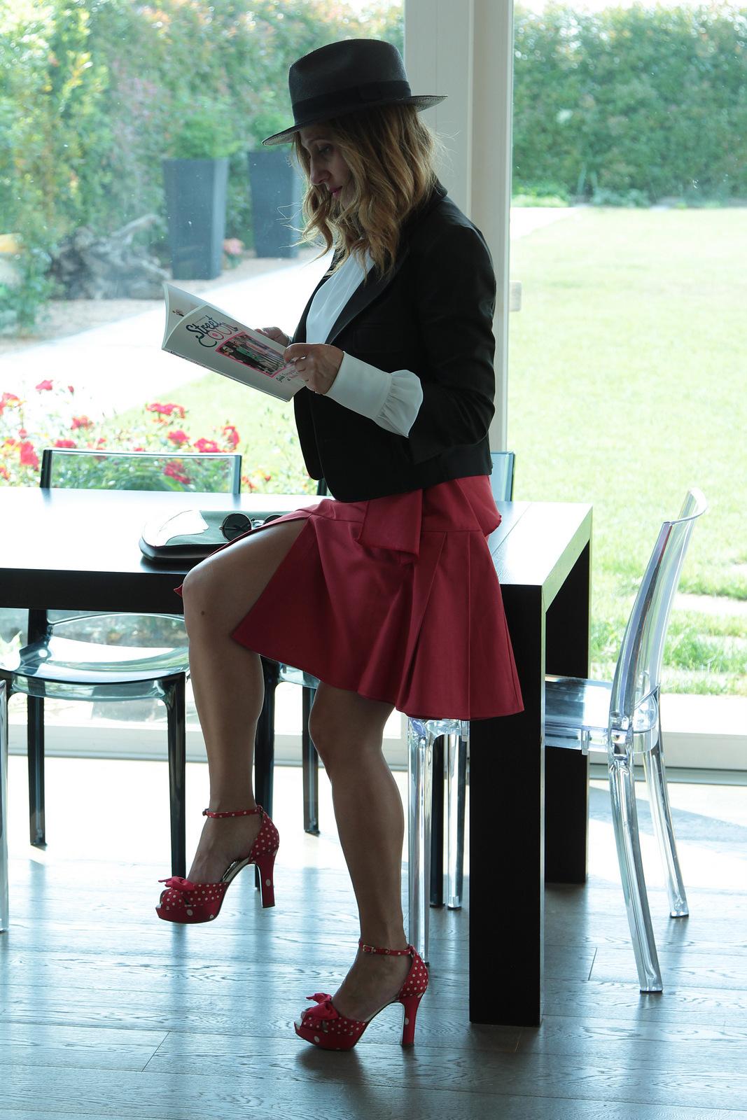 red skirt (2)
