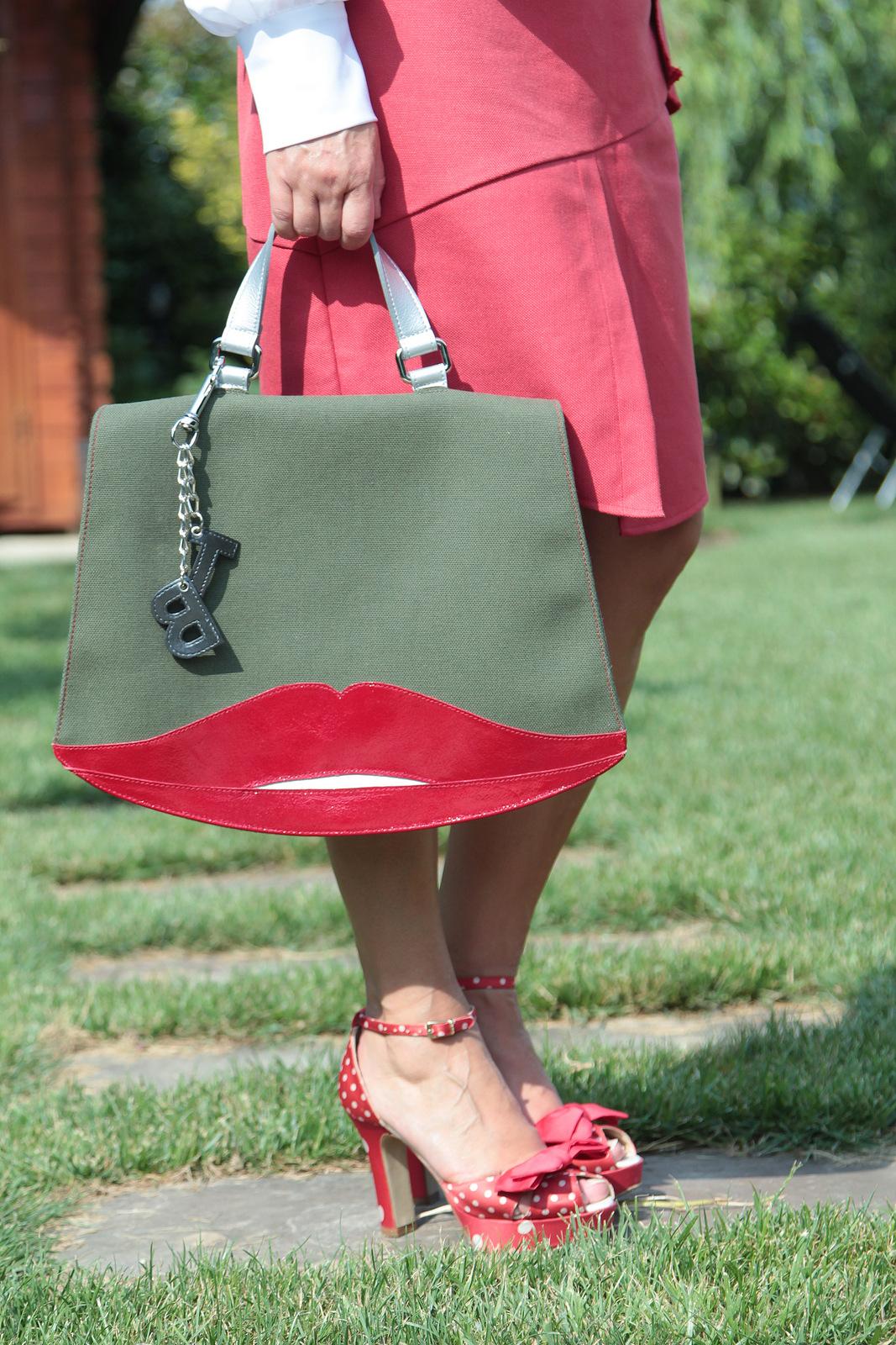 red skirt (4)