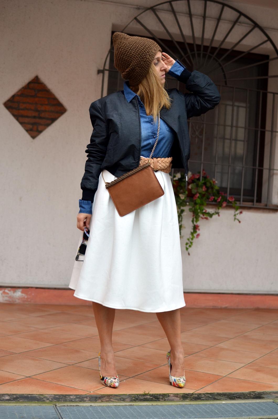 white skirt (1)