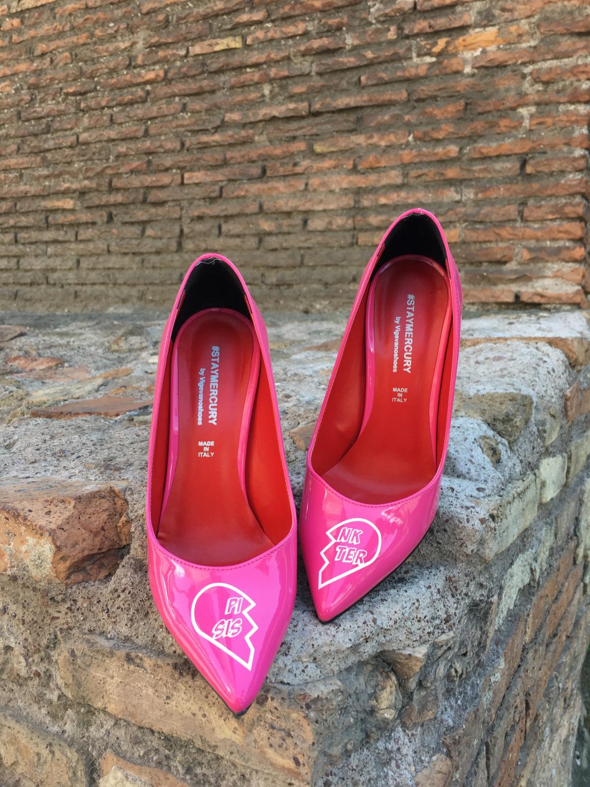 pink sister (3)